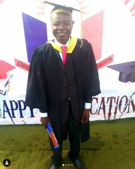 Nigerian Man Becomes A Graduate At Age 62...His Success Story Will Leave You In Tears (Photos)