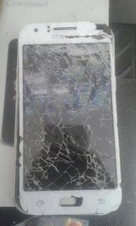 perbedaan kerusakan lcd dan touchscreen