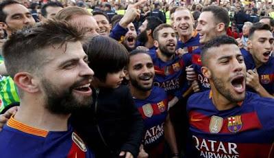 Pesta Juara Barcelona dan Kekhawatiran Real Madrid
