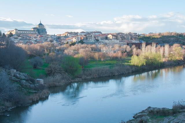 O Rio Tejo, em Toledo na Espanha