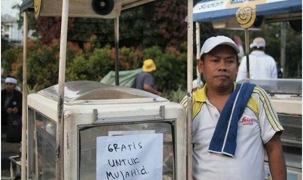 Pengumuman Klarifikasi Sari Roti Menuai Aksi Boikot heboh, Mari Berpikir Jernih lisubisnis.com bisnis muslim gerakan boikot
