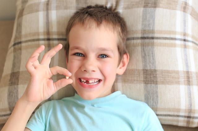 Kiedy wypadają zęby mleczne?