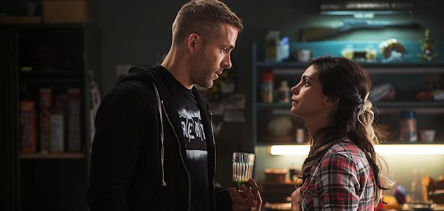 Ryan Reynolds și Morena Baccarin în Deadpool
