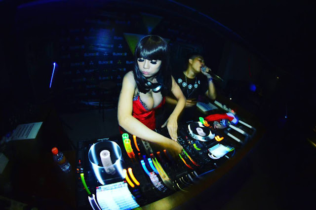 She Does Some Sexy Dancing As Well In Which Her Two Huge Boobs Are The Main Point Of Focus She Is Not A Nude Dj Unfortunately
