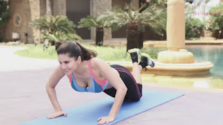 Sunny Leone Spicy Pics from her Workout Videos