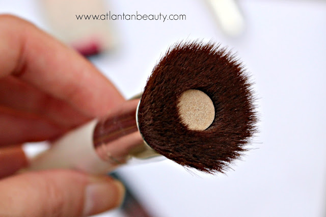 Daylogic Foundation Brush