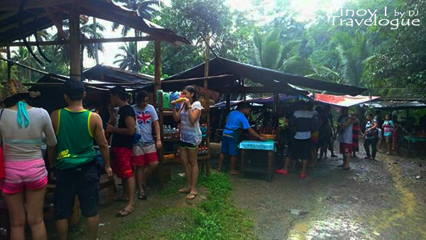 Food stalls along the trail