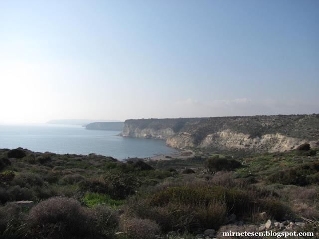 Курион - вид на побережье с того места, где раньше стоял город