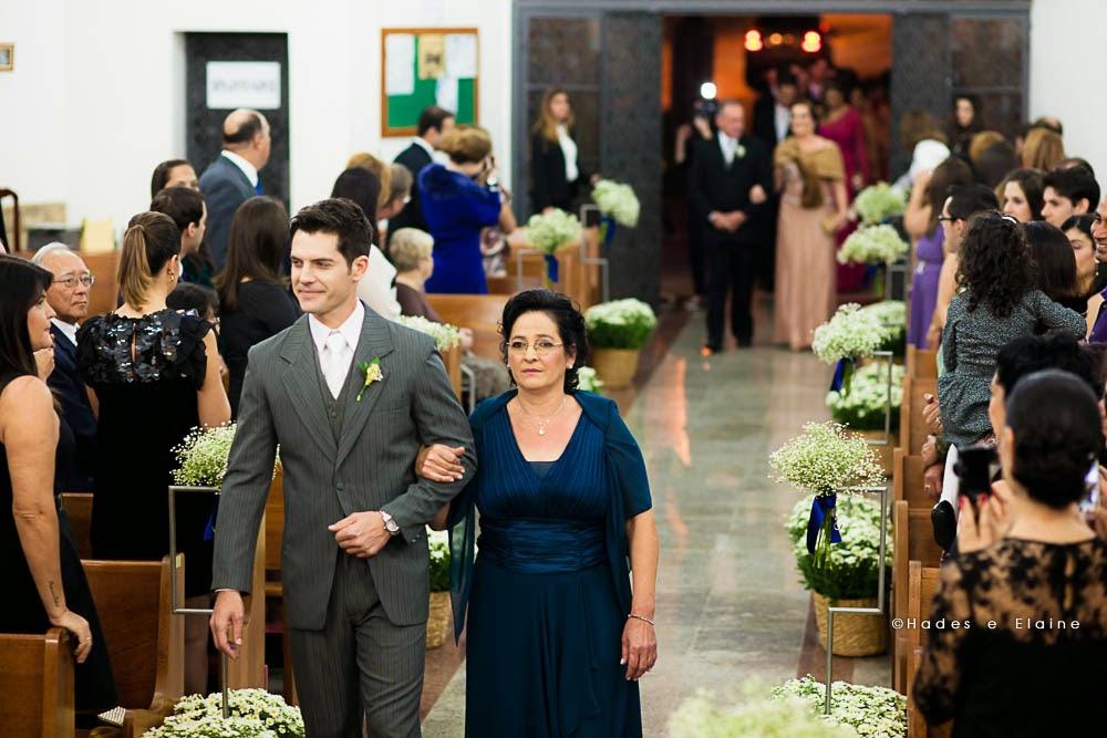 cerimônia - entrada noivo - noivo - mãe do noivo