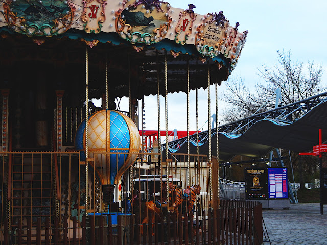 Photo Diary || Paris 2019 - Carousel in Parc De La Villette