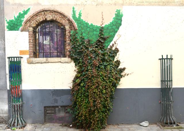 Street Art Bruxelles Parcours BD  la nature reprend ses droits