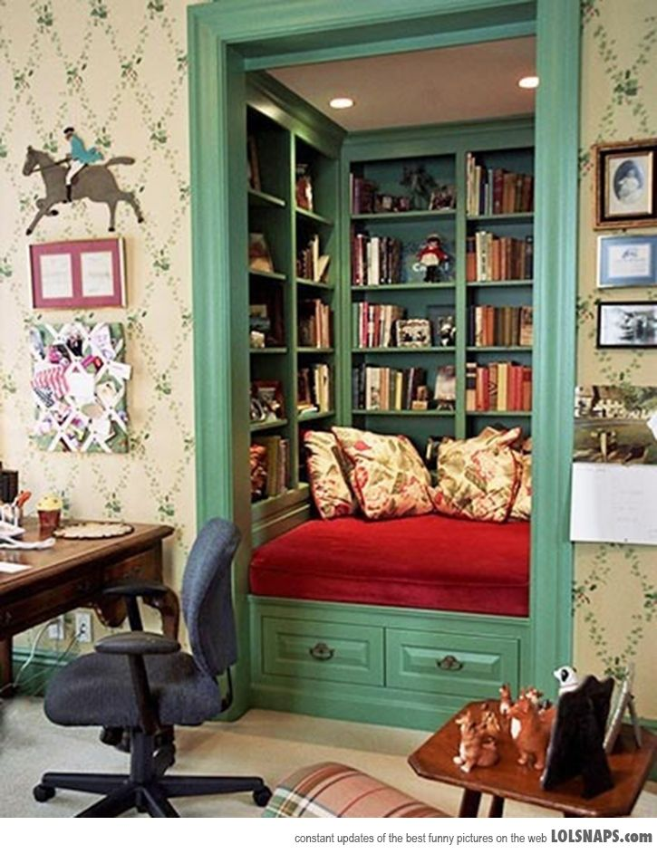 A geek saga writer 39 s block wednesday i want a book nook Retro home decor pinterest