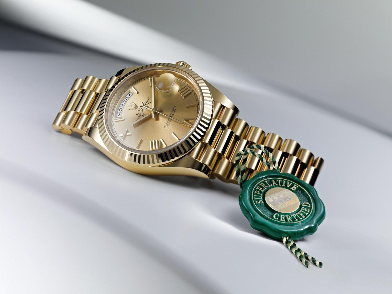 What rolex model do rappers wear rob 39 s rolex chronicle for Watches rappers wear