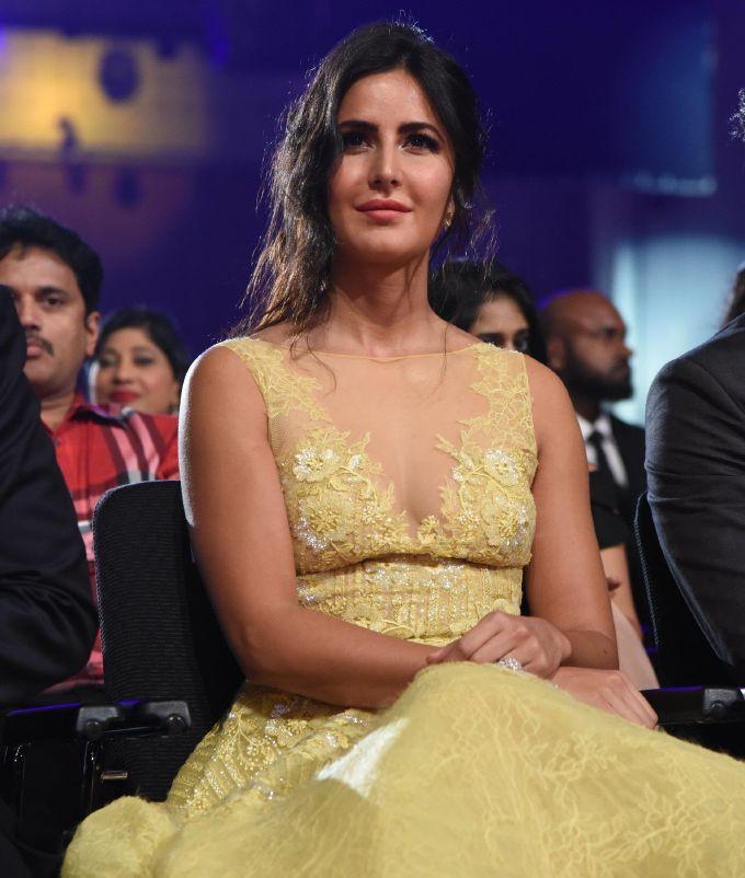 Hindi Actress Katrina Kaif Unseen Stills In Yellow Dress ...