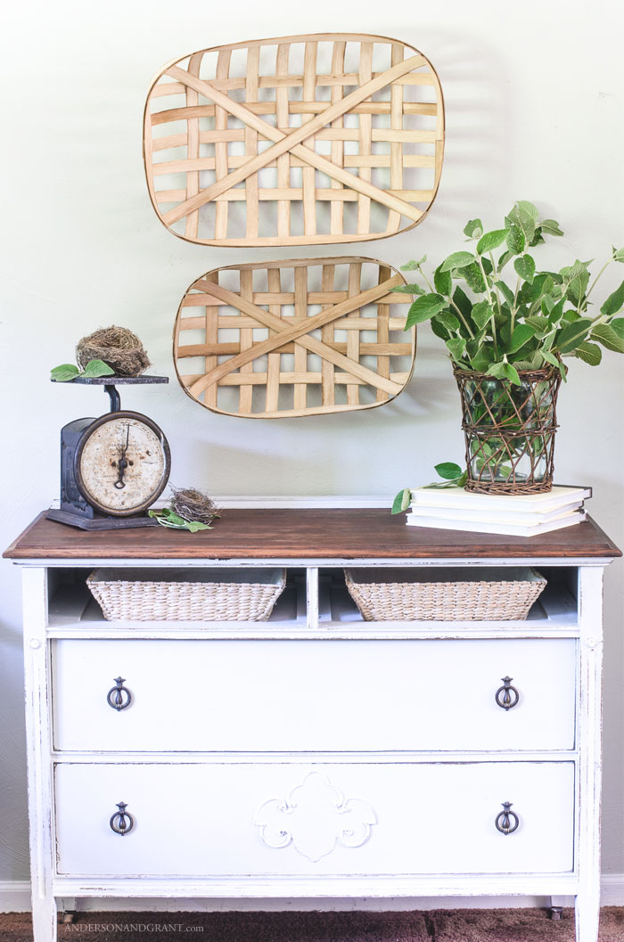 Do you wish that you had a stylish tobacco basket to decorate your home, but don't want to pay the price?  Check out this tutorial that will show you how to make one yourself!  |  www.andersonandgrant.com