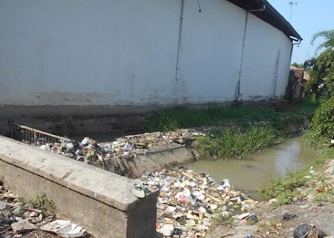 Sumbatan Sampah