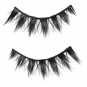 66d42aed5dd Illamasqua False Lashes 017. I am VERY picky about Falsies and it feels  like I have tried 100's of pairs. I am a firm believer that eyelashes  should look ...