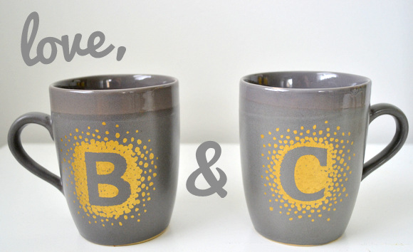 gray coffee mugs with gold initials