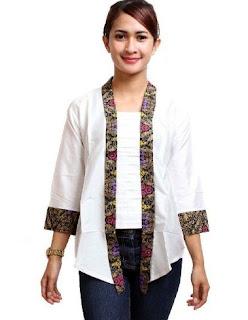 Baju batik wanita kombinasi untuk kerja