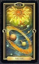 sol tarot dourado