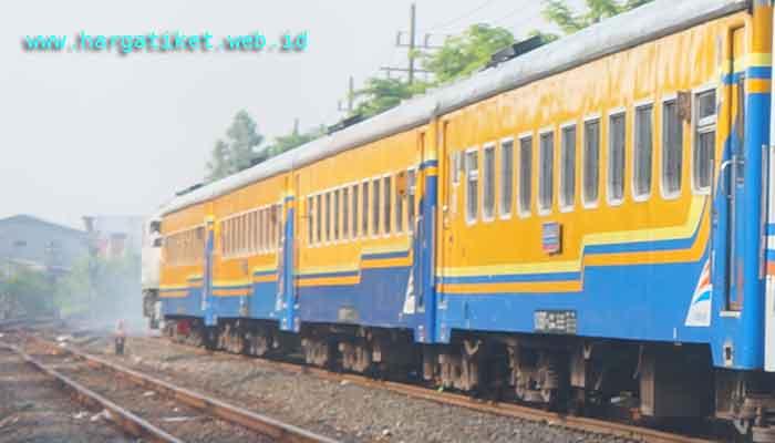 Harga Tiket Kereta Api Ekonomi Jakarta Weleri Kendal Juli Agustus
