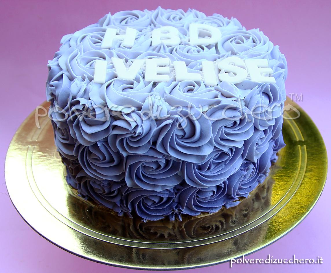 Ombre Rose swirl cake nei toni del viola e del lilla per
