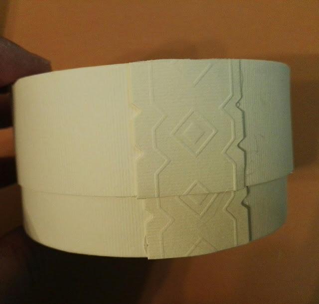 http://scatolesumisura.it/it/categorie-di-utilizzo/bomboniere-portaconfetti-fai-da-te/scatola-cilindro-base-tonda-confezioni-bomboniere.html