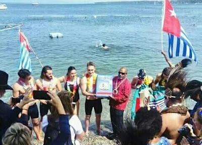 Renang #SwimForWestPapua Telah Berhasil Membawa Petisi West Papua Menyeberangi Danau Jenewa