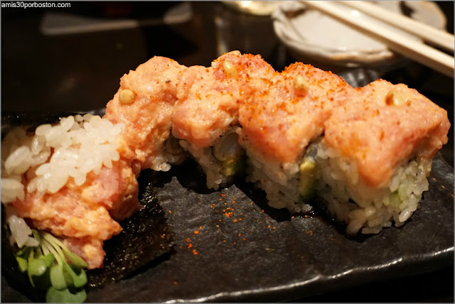 Menú Dine Out Pabu Boston: Kens Roll