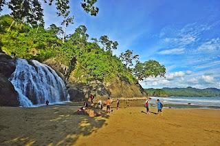Wisata Pantai Bali, Wisata Pantai Malang, Wisata Banyu Anjlok Malang