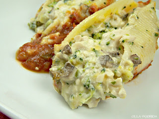 Chicken Divine Stuffed Shells recipe