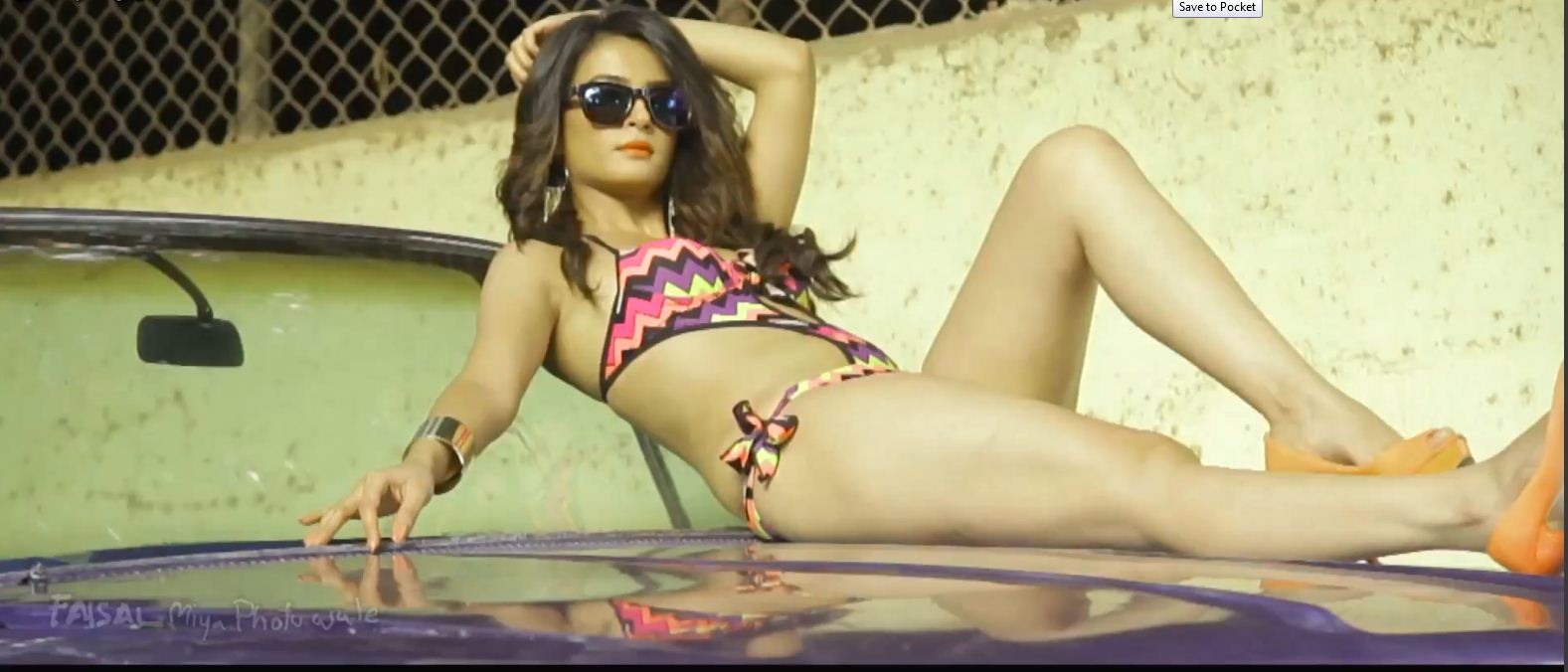 surveen Chawla Amazing bikini photoshoot