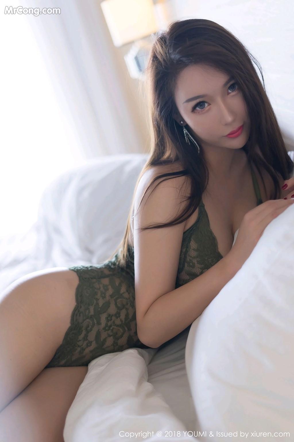 Image YouMi-Vol.228-Egg-MrCong.com-004 in post YouMi Vol.228: Người mẫu Egg_尤妮丝 (45 ảnh)