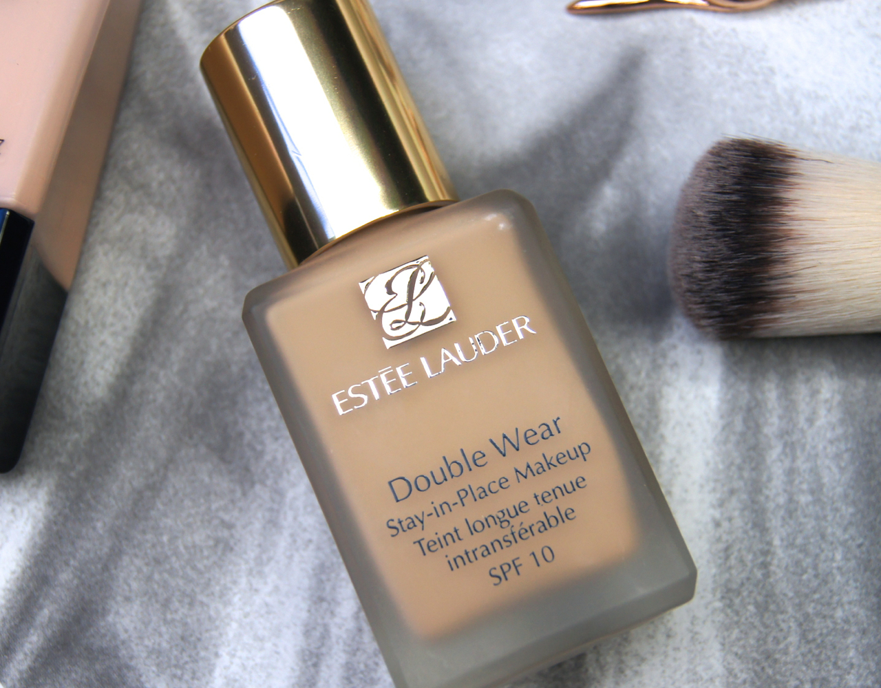 estee lauder double wear stay in place makeup foundation full coverage review