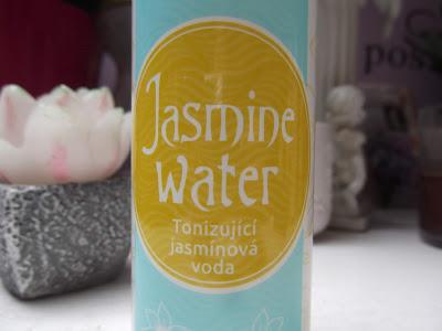 jazmínová voda