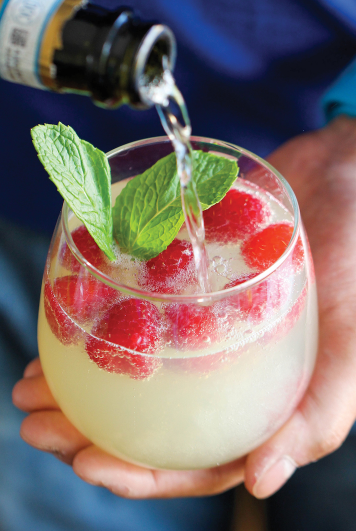 RASPBERRY LIMONCELLO PROSECCO #ice #cocktail