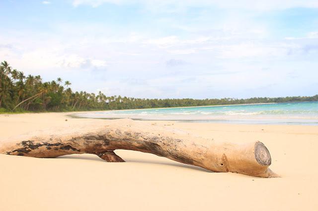Keindahan Pantai Metro di Ohoi Madwaer, Kepulauan Kei