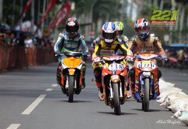 Jelang Road Race & Super Moto Malang, Sensasi Balapan di Depan Rumah Elit