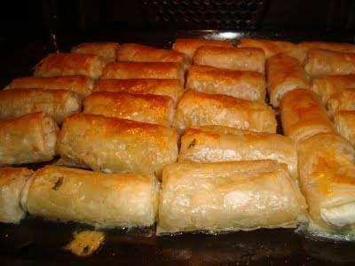 fırında çıtır börek, sıcak börek, börek, kahvaltılık börek, yemek tarifleri, ev yemekleri, pratik yemekler
