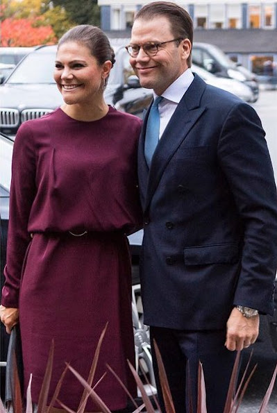 Crown Princess Victoria style wore claret - bordeaux Purple dress, Other Stories Scuba Leather Clutch, Gianvito Rossi Purple-Velvet Poited Toe Pumps, newmyroyals