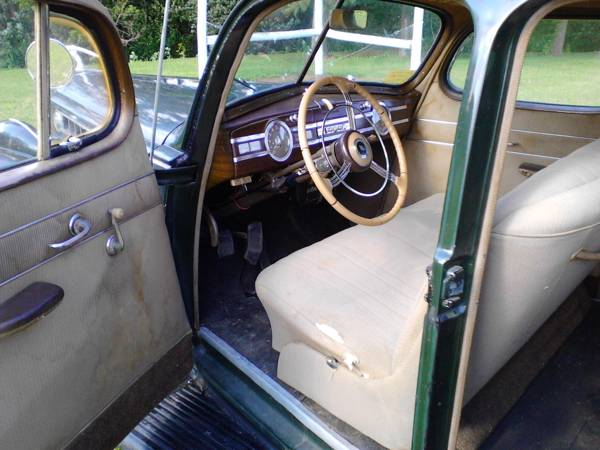1940 Packard One-Sixty Super Eight Interior