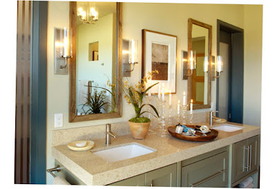 Beautiful Small Master Bathrooms With Mirror and Good Decoration Photo
