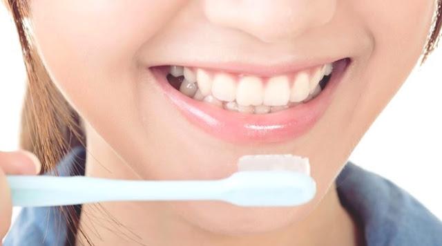 Cara Menjaga Kesehatan Email Gigi Yang Efektif