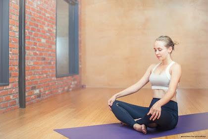 Segudang Manfaat Olahraga Yoga untuk Pemula Wanita dan Pria