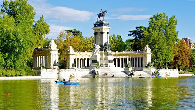 Parque del Retiro, escapada turística a Madrid