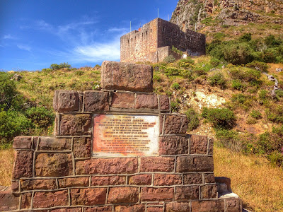 King's Blockhouse and Sign