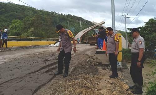 Pantau Kondisi Pasca Banjir, Ini Yang Ditemukan, Kapolres Kep. Selayar