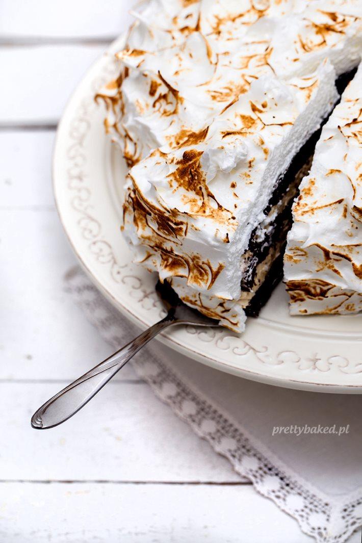 Halva meringue birthday cake 2