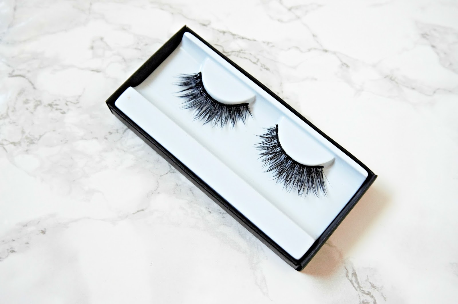 Huda Sasha Lashes Review