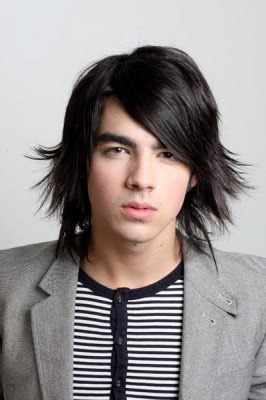 JOE JONAS LONG HAIRSTYLE
